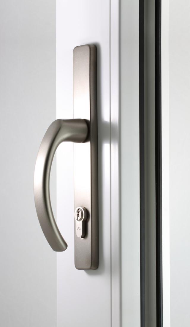 Klamka drzwiowa tytan